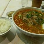 東園 - 坦々麺と小ライス