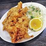 餃子屋麺壱番館 - 料理写真:から揚げ