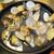 大和 - 料理写真:桑名の蛤 しゃぶしゃぶ: 桑名の地の蛤(4 ~ 5年物)が 本日の鍋には 20個(1人 5個)入れられ、口を開いた順に ぷりぷりの 蛤を頂きます。 鍋一杯に 蛤のお出汁が浸み出し、上品で素晴らしい お味に仕上がっています。 今年の蛤は、とても大きいですネ!     2020.07.04