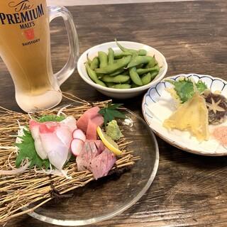 日本酒は常時10種以上!料理にぴったりな日本酒がおすすめ