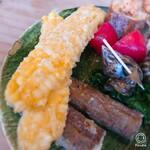 132676613 - トウモロコシの天ぷら・ゴボウの天ぷら!!                       トウモロコシってこんな食べ方あるの??ってぐらい美味しく(*´∀`)                       ゴボウもお芋みたいにホクホク!