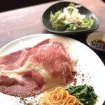肉料理 &寿司酒場 MANRUI -