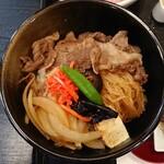 132677760 - 米沢牛すき焼き丼