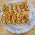 ぎょうざの満洲 - 餃子