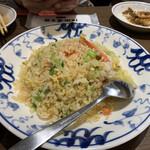 132686999 - 蟹肉レタス炒飯