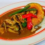 ●チキンと9種野菜のカレー Vegetable & Chicken Curry