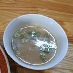 東園 - スープも美味しいです。