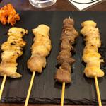 大衆焼き鳥酒場 やきとりさんきゅう - 鶏皮串+もも串+砂肝串+ぼんじり串+軟骨串