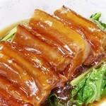 横浜中華街 景珍樓 - 料理写真:当店自慢の【豚の角煮】蒸しパン付き¥1,380