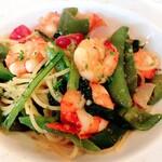 海老と有機野菜のオイルベースのスパゲッティ カラスミ添え