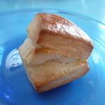 麦の家 - 料理写真:天然酵母のスコーン