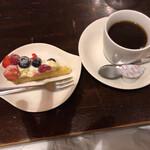 テルツォ - 食後のデザート&コーヒー