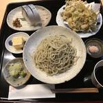 篠山花格子 - 蕎麦膳(蕎麦とご飯ものを組み合わせる仕組み)