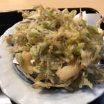 篠山花格子 - 小えびのかき揚げが、2ピース