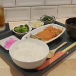 キッチンカフェ ほっぷ - お楽しみ定食(例) ¥880