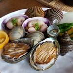 新島水産 - 磯焼きコースの貝