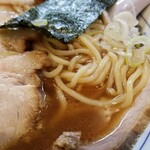 東池袋大勝軒 - 麺・スープ、表情。