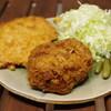 肉のさいとう - 料理写真:ジャンボメンチ