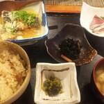 友・日利 - 鯖の柚みぞれがけ 1000円 美味しい定食でした。1000円は少し高く感じますが、美味しいので妥当かな。