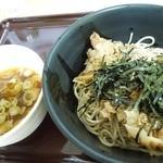 湾岸そば - (2012/5月)「肉盛りつけ蕎麦」