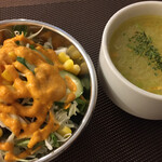 ベアフット カリー - salad and  soup (´ω`)