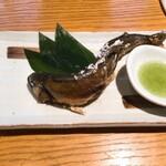 新橋魚金 高田馬場店 - 鮎の塩焼き