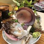 茶六別館 - 料理写真:宮津の天然とり貝特大 時価
