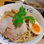 まると - 料理写真:濃厚百式つけ麺(300g)