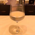 オステリア デッラ カパンナ - グラスワイン白