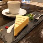 低糖質食専門店 ローカーボキッチン 然 - ケーキセット 760.円 チーズケーキ