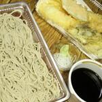 恵比寿初代 - 料理写真:テイクアウトの天ざるは確か税込み1,500円→1,100円。