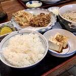 やぶ忠 - 料理写真:ランチセットかき揚げ全貌 770円税込