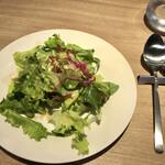 ビストロ スリール - サラダ