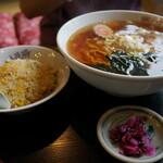万世楼飯店 - 料理写真:モーニング限定の炒飯セット(¥750税込み)