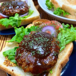 ラ・ギャミヌリィ - 料理写真:食パンでトーストサンド