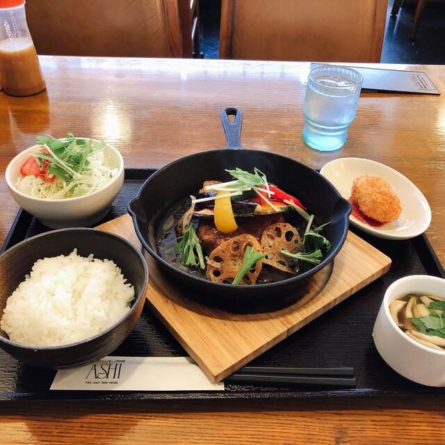 ハンバーグレストラン葦の料理の写真