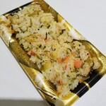 おこわ ふか河 - 鮭とごま高菜のおこわ 230円