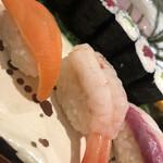 羽田 寿司幸 - サーモンと甘海老