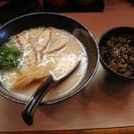 かみなり家 - 豚骨醤油ラーメンセット