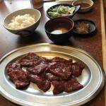 焼肉レストラン 鶴松 -