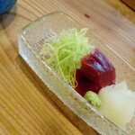 割烹 竹うち - 紅白の刺身