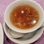 Tenshinhanten - スープもいい感じです
