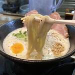 フカクサ製麺食堂 - 料理写真:おさかな鶏白湯らーめん 870円 (リフト)