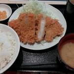 tonkatsuhamaya - ロースかつ定食 700円