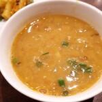 タシデレ - ⚫ダル 豆のスープ、優しい味