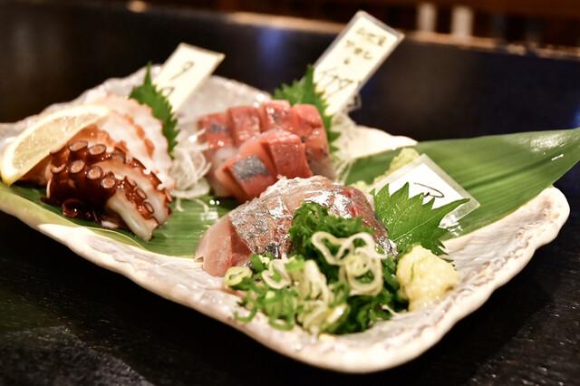 海鮮居酒屋 鮮魚家 本郷三丁目店の料理の写真