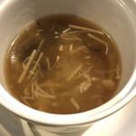 過門香 - 五目入りフカヒレのスープ