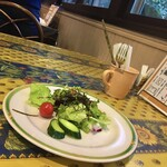 キッチン放蕩 - セットのサラダ