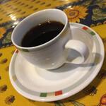 キッチン放蕩 - こちらは追加のコーヒー。 久々にゆっくりと時の流れを感じながら。