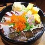 飯屋 いの吉 - 海鮮ちらし  1000円